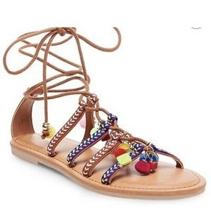 NIB Target pom pom sandals